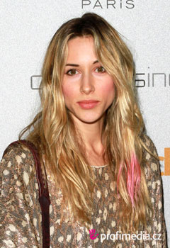 Acconciature delle star - Gillian Zinser