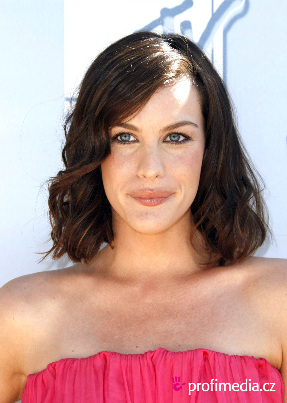 Liv Tyler Hairstyle Easyhairstyler