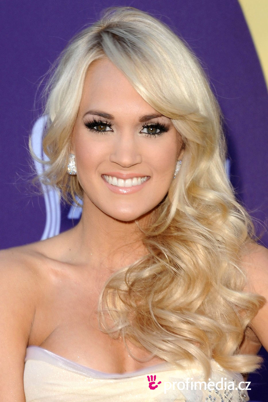 Carrie Underwood | InStyle.com