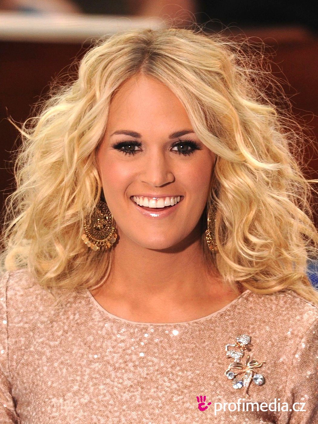 13 Best Carrie Underwood Hairstyles images | Celebrity ...