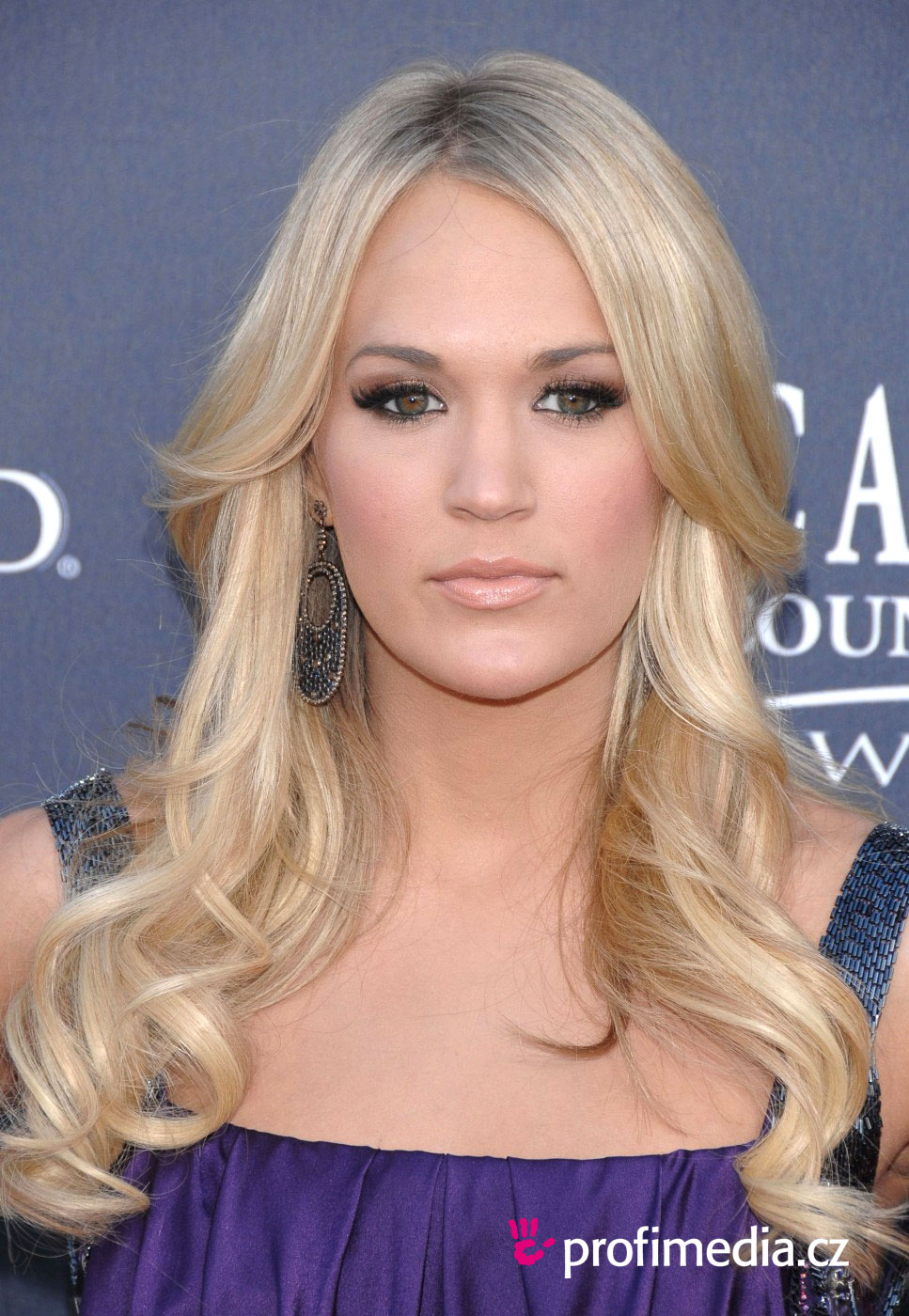 Carrie Underwood's Changing Looks | InStyle.com
